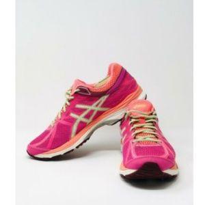 Womens Running Shoes 10.5 Gel Cumulus 17 GoreTex